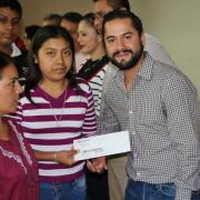 Triplicarán presupuesto para el Programa de Becas Indígenas