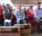 Entrega SEDIS apoyo a familias afectadas por fuertes lluvias en San Pedro Tlaquepaque