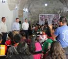 Toman protesta a jóvenes para nueva contraloría de becas a indígenas