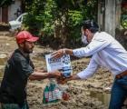 Entrega SSAS apoyos asistenciales a localidades afectadas por la tormenta Hernán en Cihuatlán