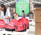 Reafirma SEDIS compromiso con la entrega gratuita de paquetes de mochilas con útiles